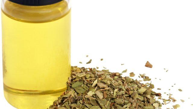 fungus treatment with oregano oil